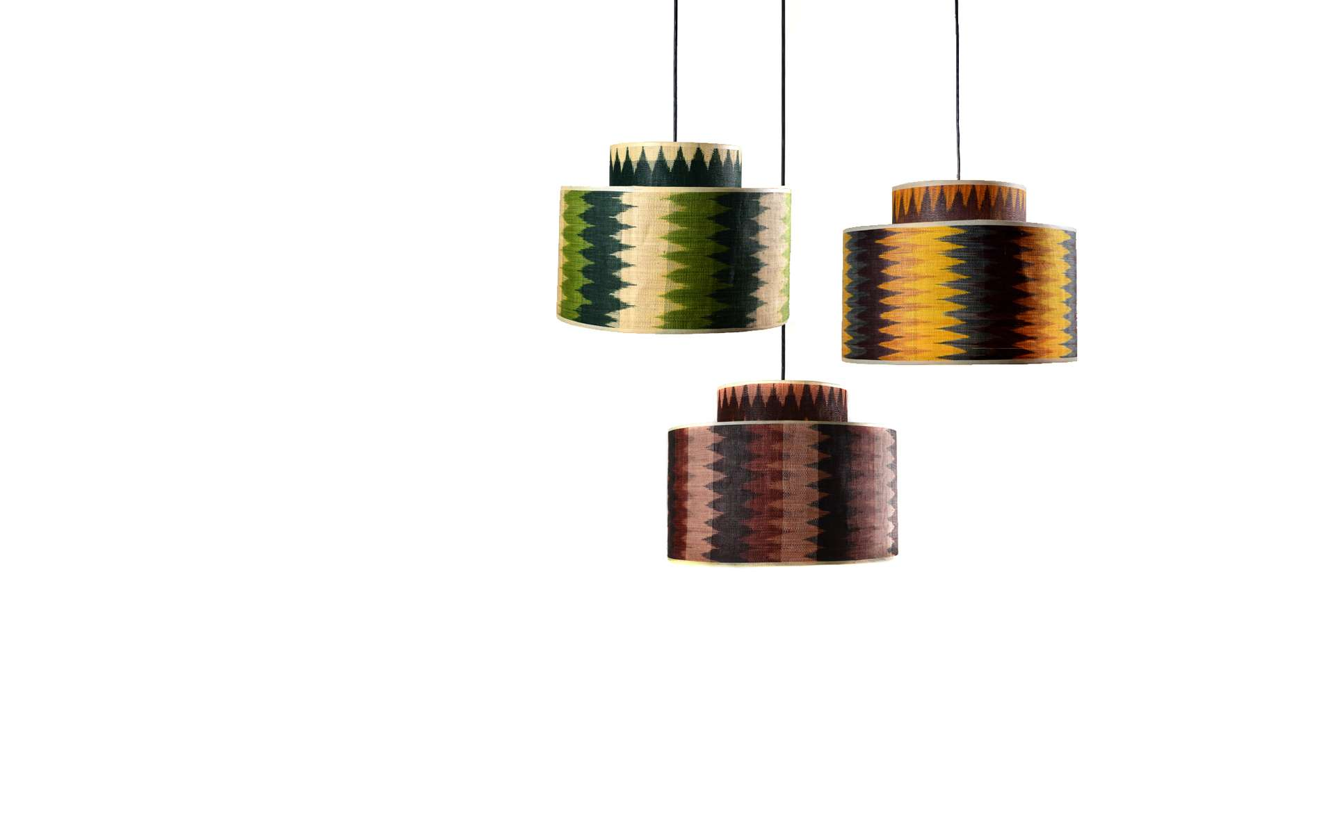 Amaya 1 Hanging Lamp in Lotus, Cacao and Macaw